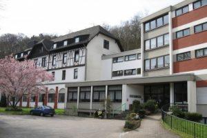Betriebshaftpflichtversicherung Altenheim